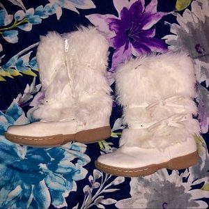 Girl Boots with Faux Fur